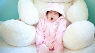 علامات نعاس الطفل الرضيع