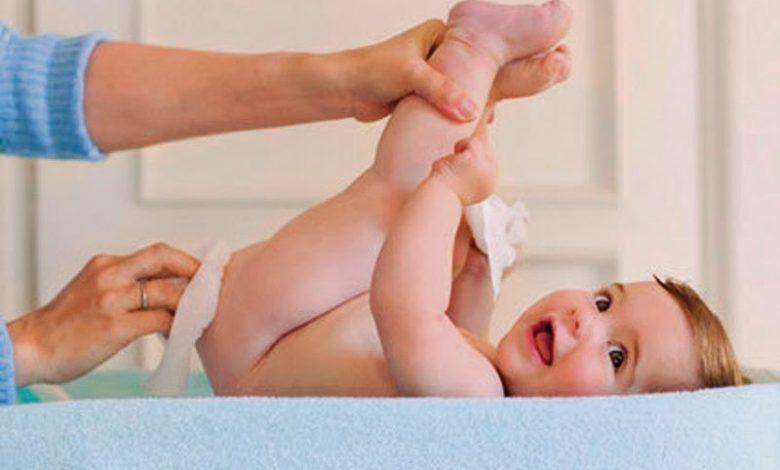 رائحة البراز عند الرضع