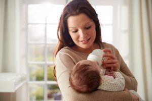 رائحة-براز-الرضع