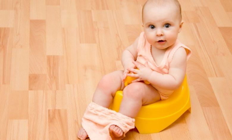 لون براز الرضع
