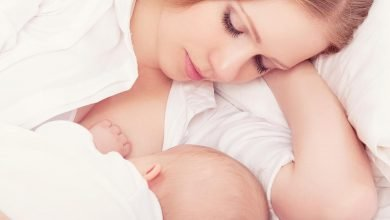 كمية اللبن الطبيعي تكفي الطفل أم لا