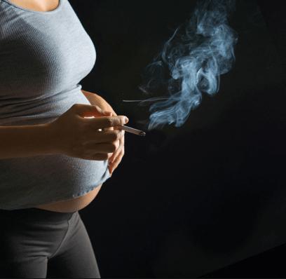 تأثير التدخين السلبي على الجنين