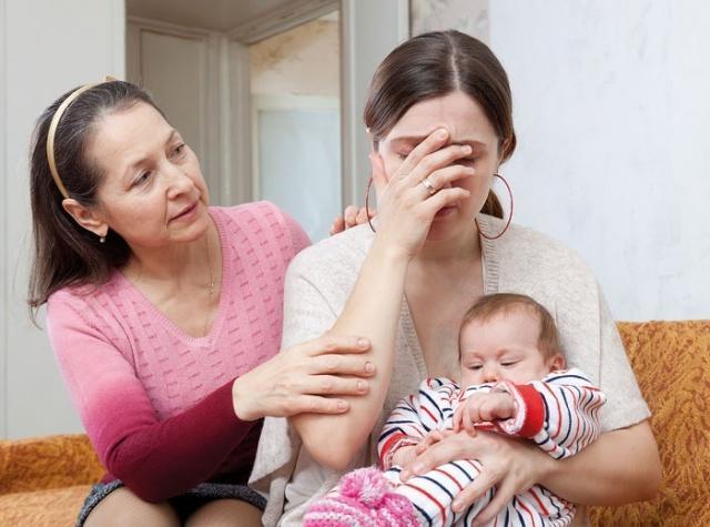 علاج اكتئاب بعد الولادة