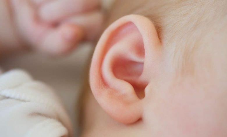 تطور السمع عند الأطفال الرضع