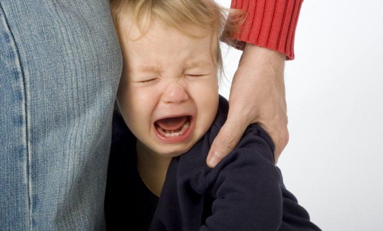 أسباب العصبية عند الرضع