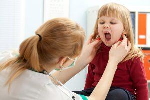 علاج إلتهاب اللثة عند الأطفال