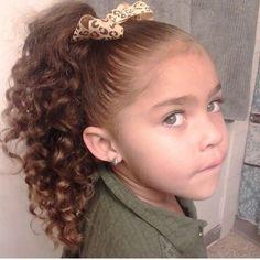تسريحات الشعر الكيرلي للمدرسة