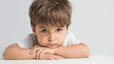أساليب التعامل مع الطفل الانطوائي