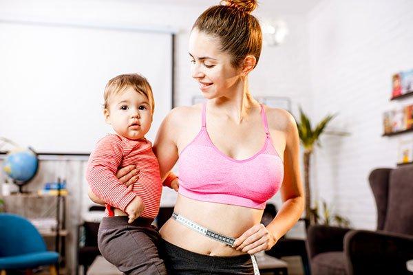 إزالة الكرش بعد الولادة الطبيعية